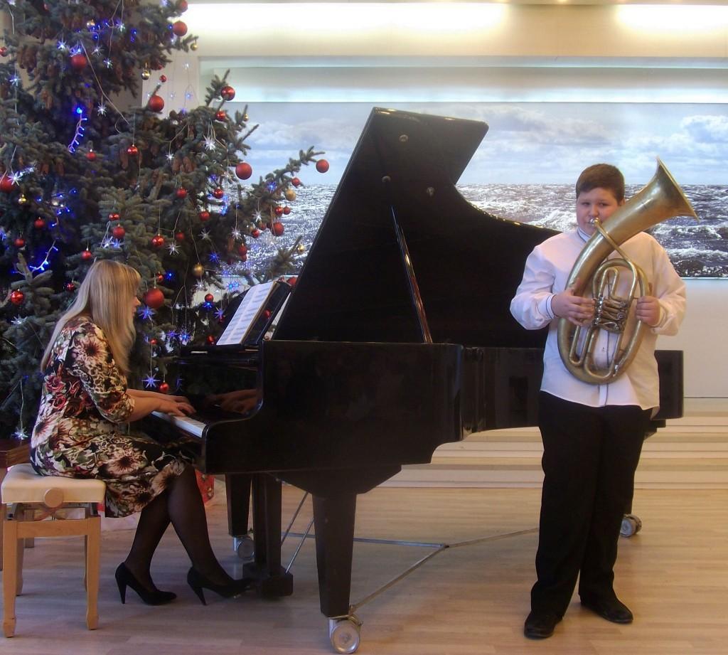 K.Turovs un koncertmeistare B.Geka